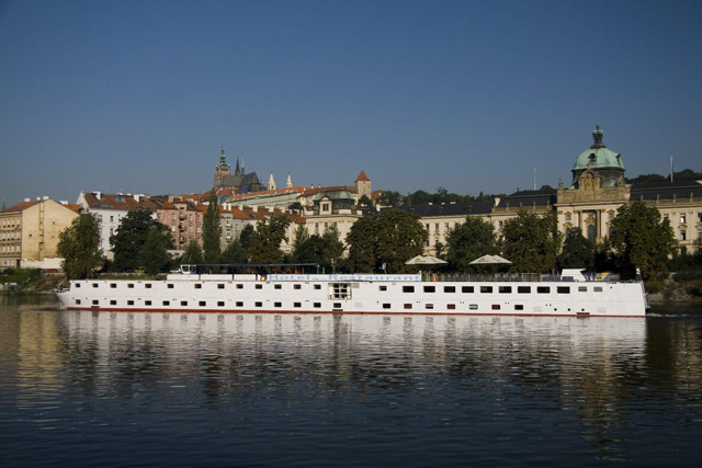 Botel florentina prague prague hotels for Hotel reservation in prague