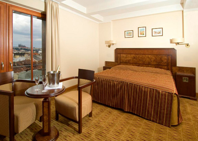 Hotel majestic plaza prague prague hotels for Hotel reservation in prague