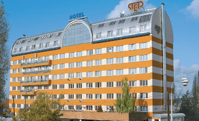 Hotel step prague prague hotels online for Hotel reservation in prague